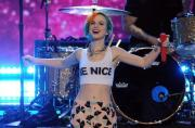 "Paramore & Jena Irene ""Decode"" and ""Ain't It Fun"" - AMERICAN IDOL SEASON XIII"
